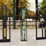 Hommes en marche, triptyque sculptural commémoratif situé au Parc Dessaulles, pour le 250e anniversaire de la ville de Saint-Hyacinthe, 1998.