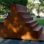 Série Delos, Convoi III, acier corten, H 300 cm  L 270 cm  P 135 cm, 2004, parc Baldwin, Montréal (Qc), 2011.